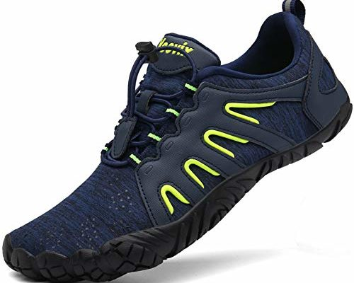 Best Wide foot running shoes review. Read this Wide foot running shoes buyer guide first.